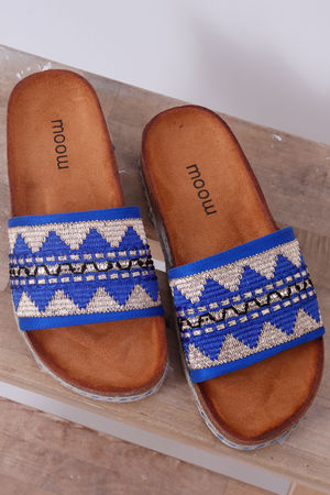 The Gobi Tribal Slider Blue