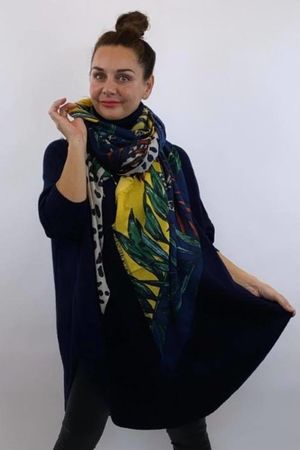 The Junglicious Scarf Navy