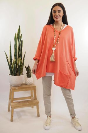 The La Poche Oversized V Sweatshirt Coral