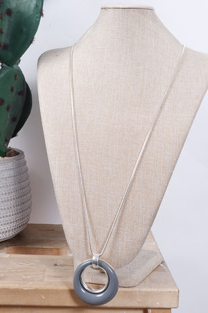 The Loop Necklace Slate