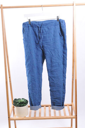 The Magic Jean Jogger Light Denim Wash