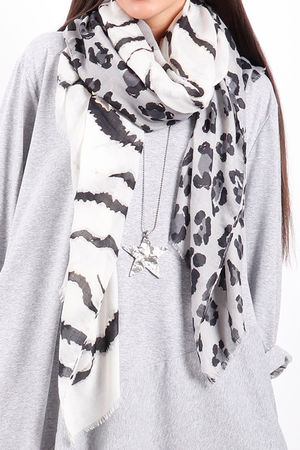 The Mixed Animal Scarf Grey