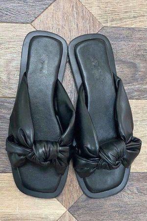 The Pouffy Knots Black