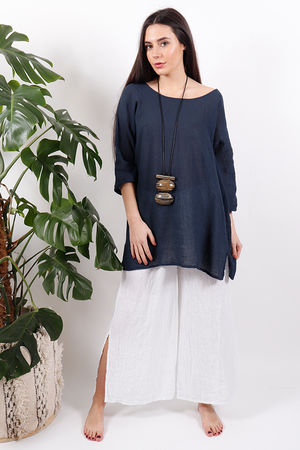 The Pure & Simple Top Navy