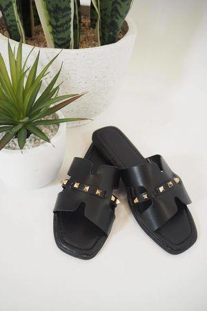 The Rock Stud Sandal Black