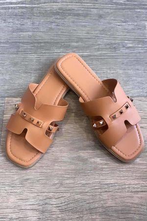 The Rock Stud Sandal Tan