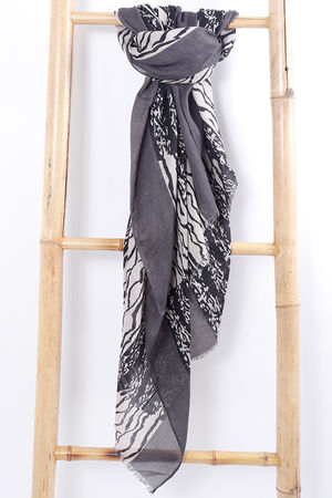 The Scribble Scarf Grey