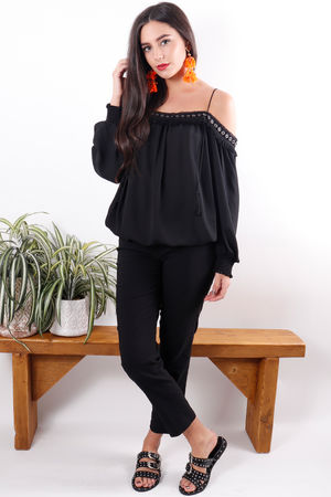 The Señorita Rivet Top Black