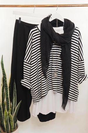 The Stripe La Laya Black