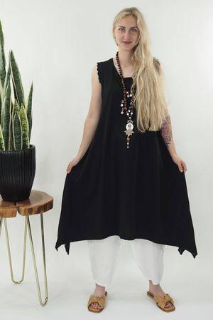 The Victoria Dip Side Dress Black