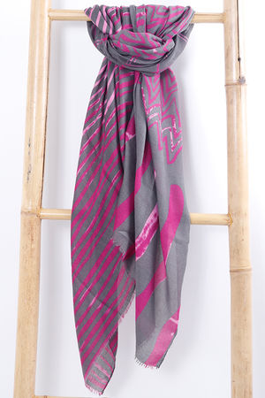 The Wave Scarf Magenta
