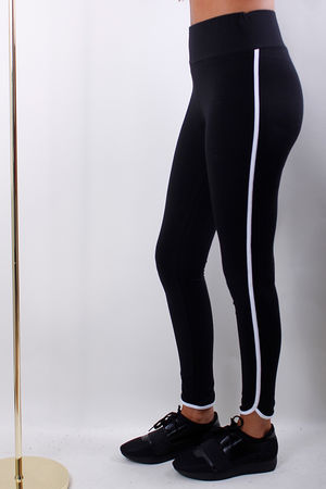 The White Pipe Legging Black