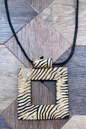 The Zebra Window Necklace
