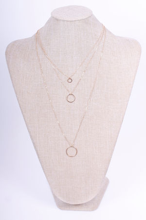 Three Chain Circle Necklace Gold