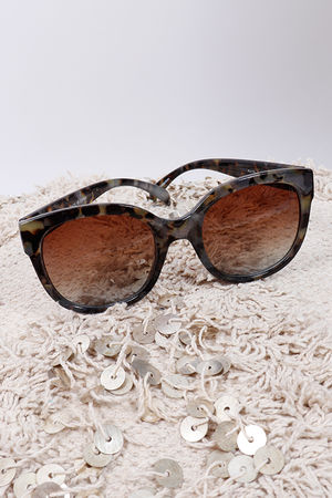Tortoise Shell Sunglasses Grey
