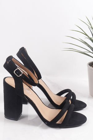 Tube Block Heels Black