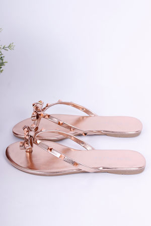 Val Stud Bow Flip Flops Rose Gold