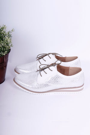 White Reptile Textured Brogues