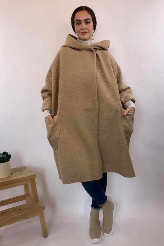 Boucle Benji Coat Burberry Beige