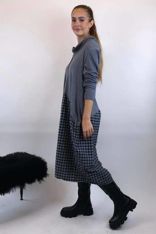 Fine Knit Scotch Dress Grey