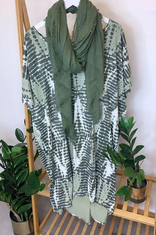 Linear Oversized Tie Dye Tee Khaki & Sage