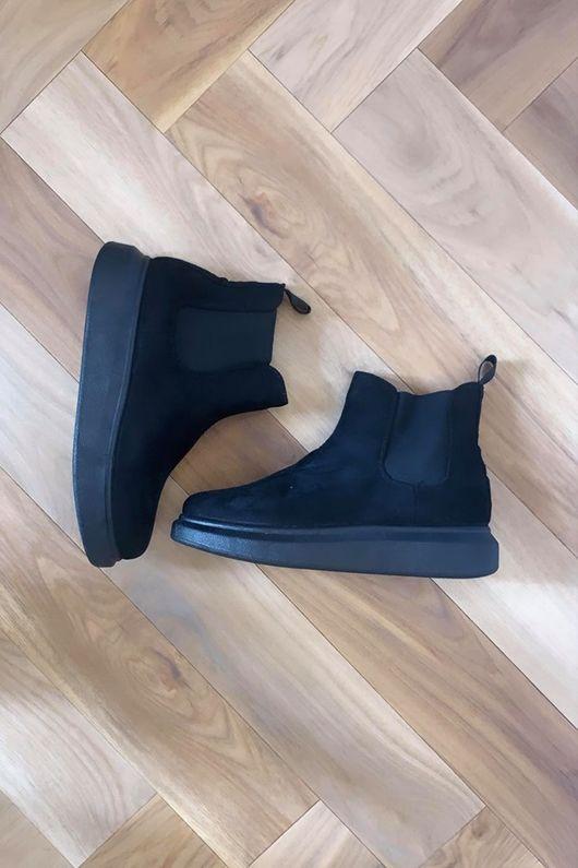 Mercer Hover Boot Black Seudette