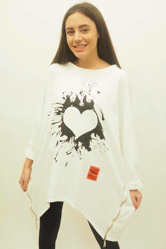 Mercer Oversized Graffiti Heart Sweat White