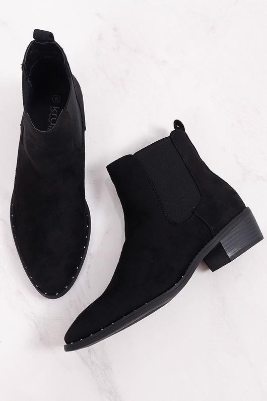 The Classic Stud Chelsea Boot Black
