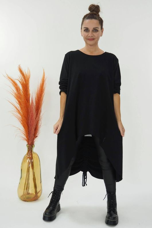The Harper High Low Hitch Back Top Black