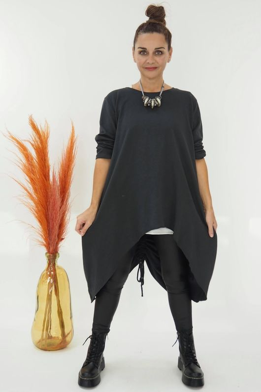 The Harper High Low Hitch Back Top Graphite