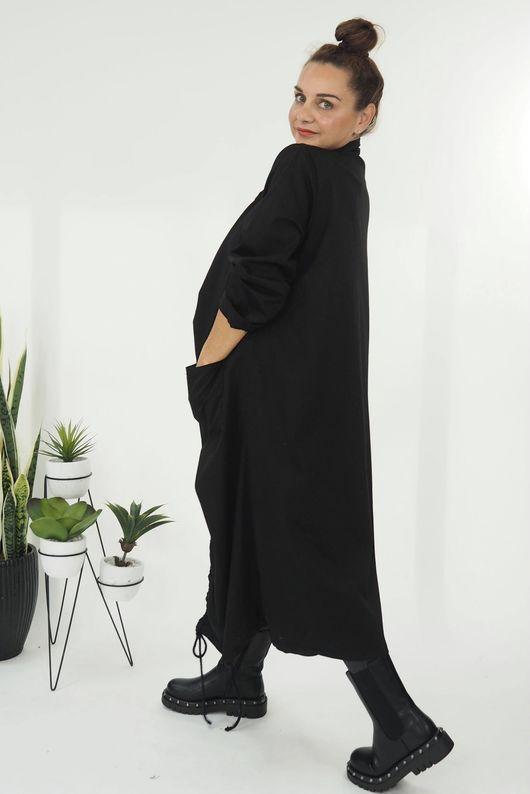 The Hitchcock Coat Black