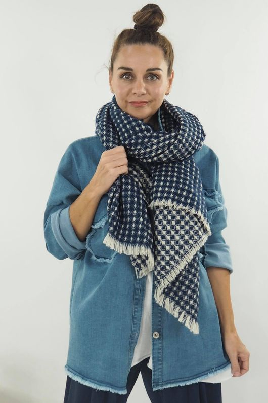The Orkney Scarf Navy