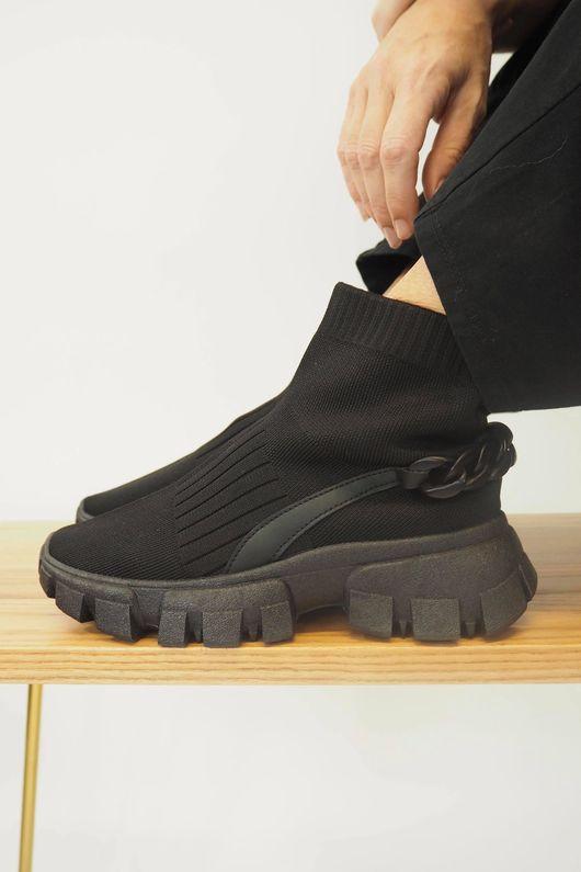 The Speedy Donatella Chain Tread Black