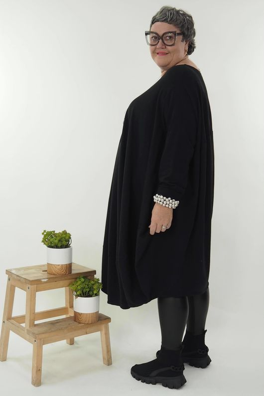The Super Cocoon Dress Black