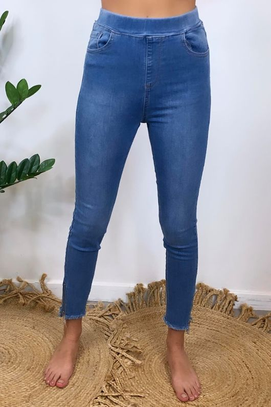 The 7th Heaven Power Stretch Jeans Light Wash