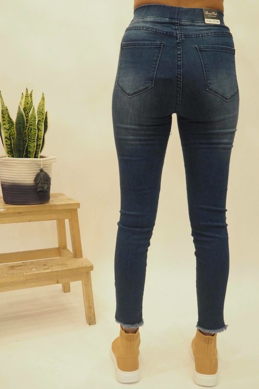 The 7th Heaven Power Stretch Jeans Dark Wash