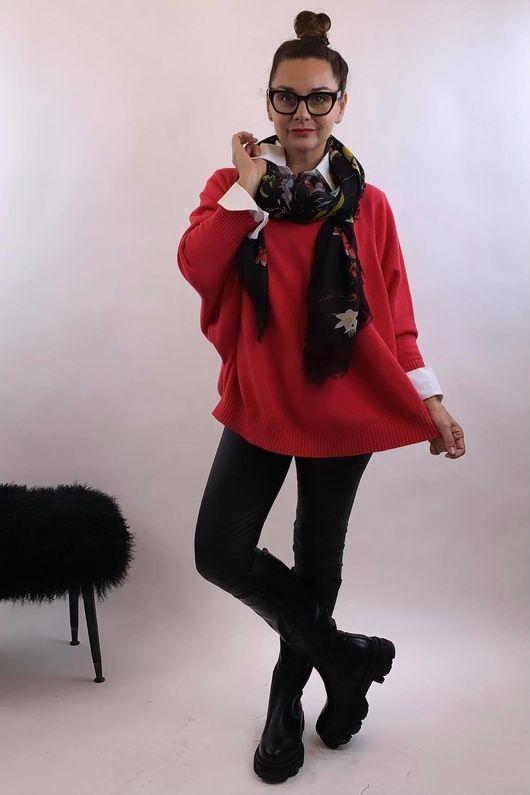 The Charli Batwing Sway Knit Hot Pink