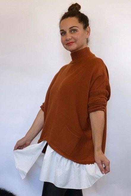 The Charli Turtle Shirty Knit Rust