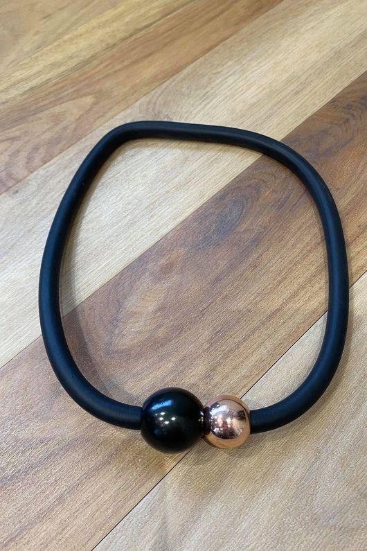 The Copenhagen Magnetic Necklace Copper Black