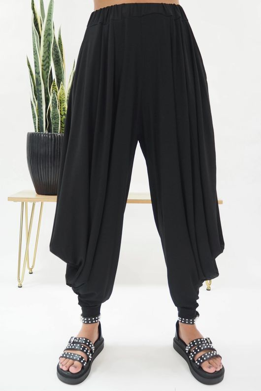 The Kite Pant Black *Back Soon