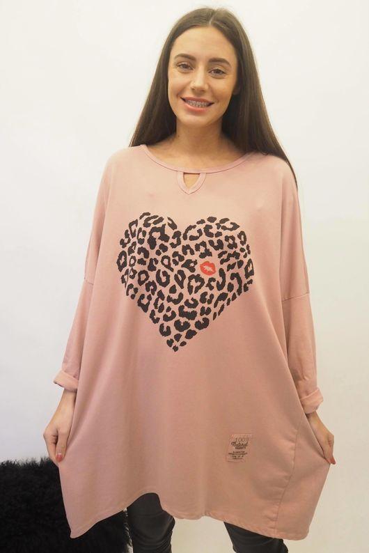 The Leopard Kiss Keyhole Sweatshirt Indian Pink