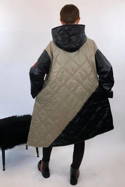 The Mercer Mega Crossfit Jacket Black and Mushroom