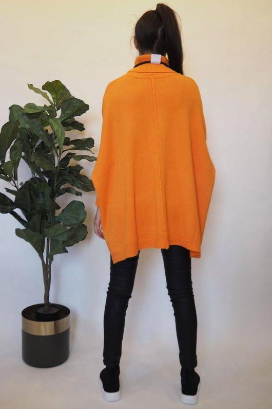 The Oversized Charli Seam Box Knit Tangerine