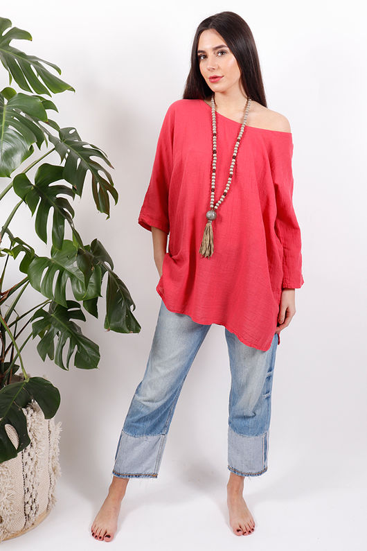 The Pure & Simple Top Indian Red