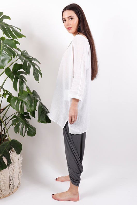 The Pure & Simple Top White