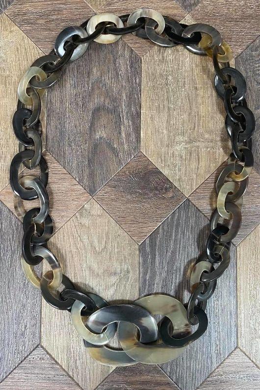 The Regalia Necklace Stone