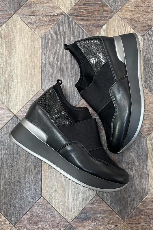 The Super Wedge Lux Trainer Black